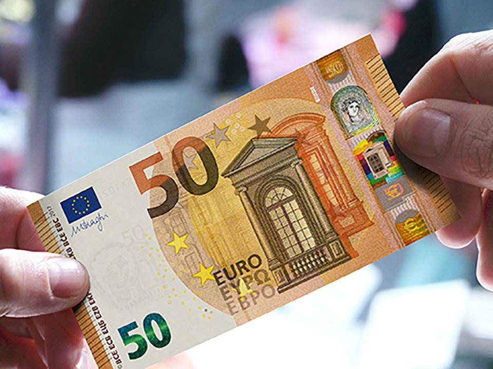 THE NEW GENERATION OF 50-EURO- BANKNOTE IN APRIL